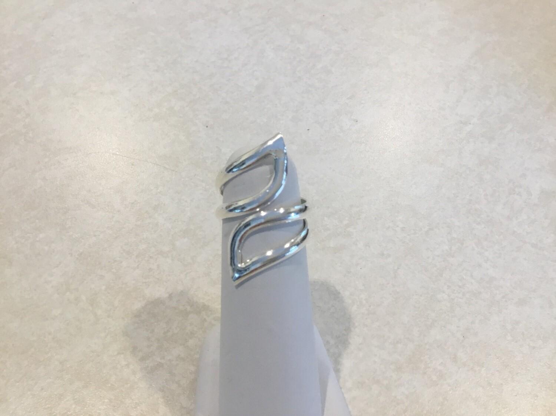 Silver Adjustable Leaf Swirl Ring