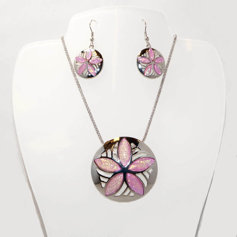 Sand Dollar Necklace and Earrings Set