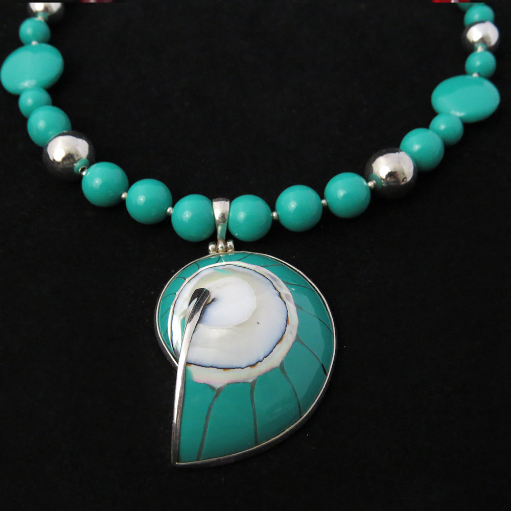 Turquoise Beaded Necklace with Turquoise Nautilus Shell