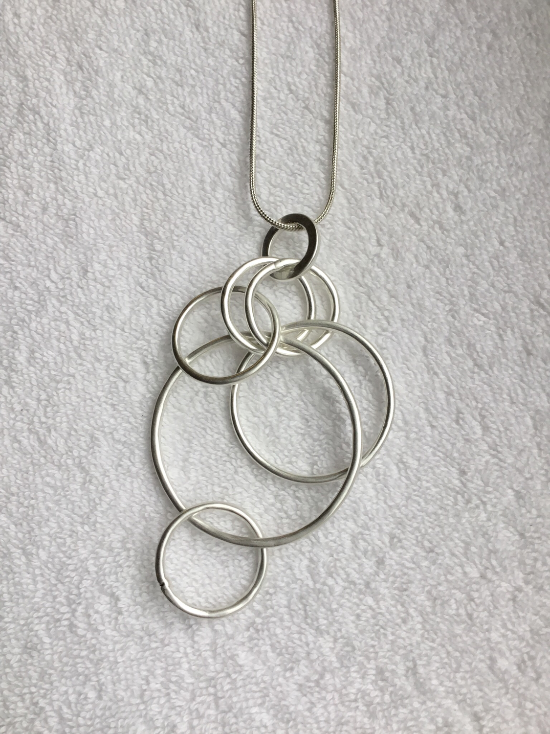 Hanging Circle Link Necklace