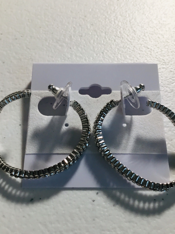 Silver Oval Waved Crystal Earrings