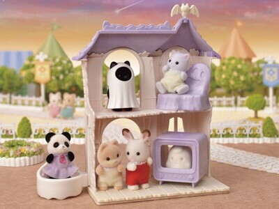Calico Critters Spooky Surprise House