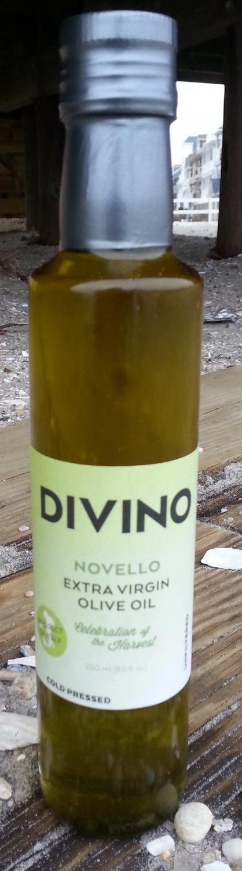 DIVINO Novello Extra Virgin Olive Oil - Origin Spoleto, Italy
