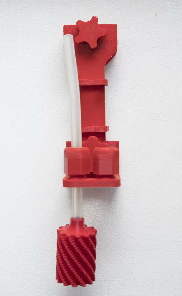 Кронштейн крепления датчика с фильтром в САМП для системы автоподмен