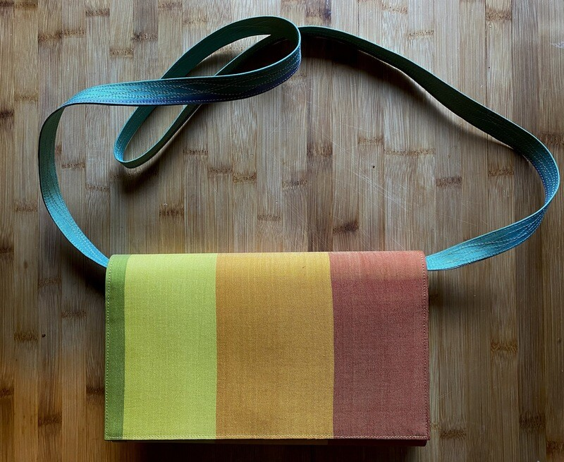 Rainbow Purse (Removal Strap)