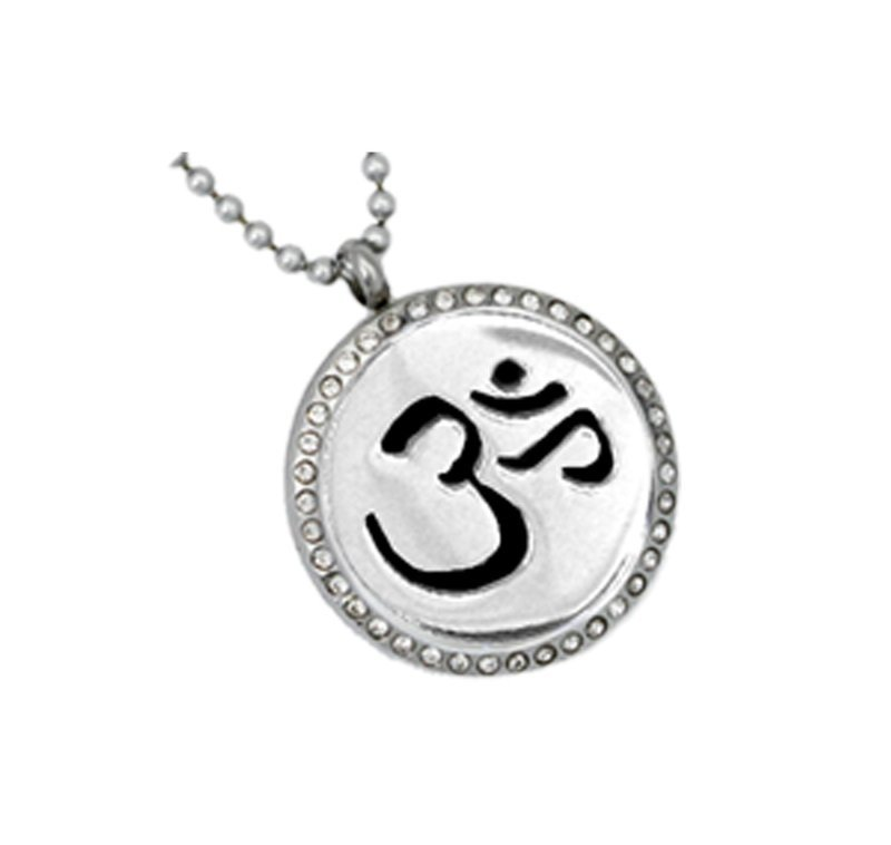 Diffusing Magnetic OM Pendant with Crystals - includes Two Leather Inserts
