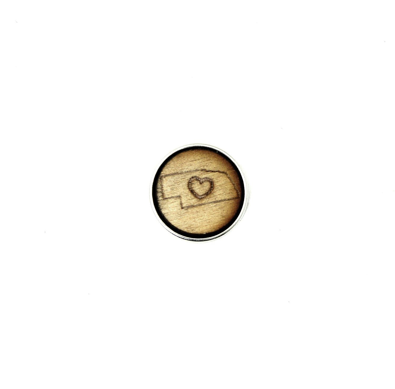 ♡ - Nebraska - Diffusing Locket Wood Snap
