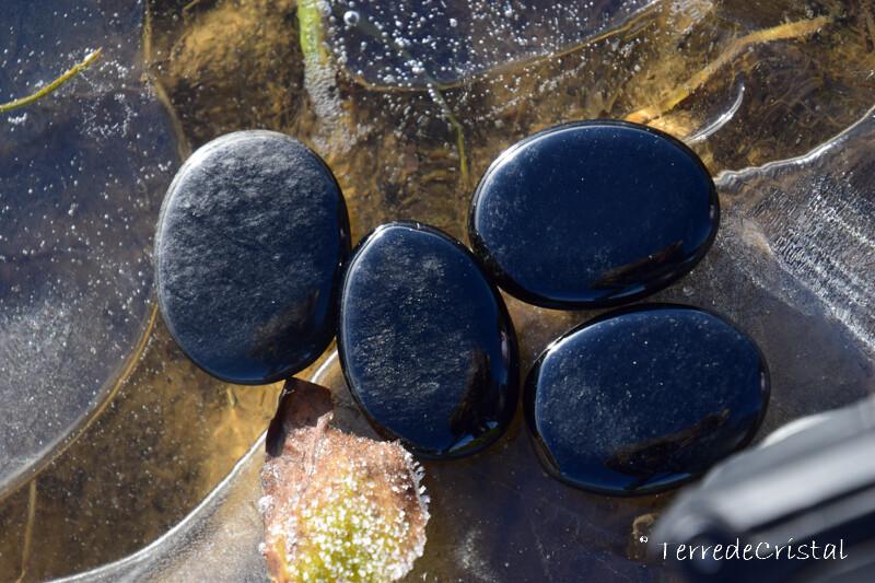 Obsidienne argentée plate