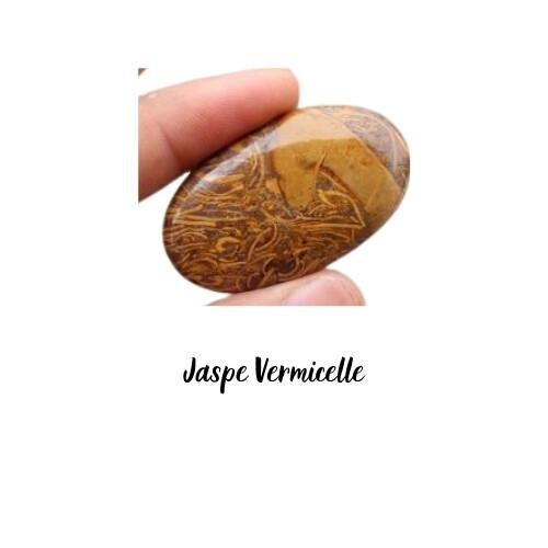 Cabochon ovale Jaspe Vermicelle