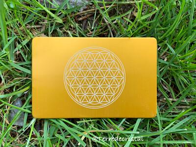 Plaque Tesla fleur de vie jaune format carte de crédit