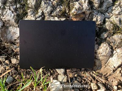 Plaque Tesla Crystallium noire format carte de crédit