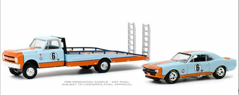 Greenlight 1:64 H.D. Trucks Series 18 - 1967 Chevrolet C-30 Ramp Truck Gulf Oil with 1967 Chevrolet Camaro Gulf Oil #6 (Light Blue/Orange)