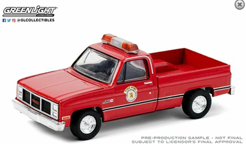 Greenlight 1:64 Hobby Exclusive - 1987 GMC High Sierra - Arlington Heights, Illinois Public Works (Red)
