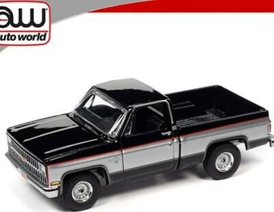 Auto World 1:64 Chevy Silverado 10 1981 Black w/ Silver Two Tone