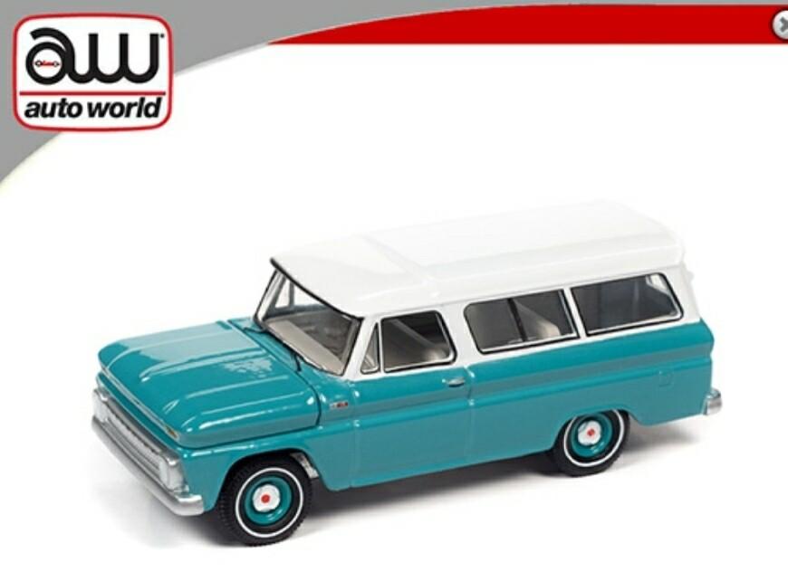 Auto World 1:64 1965 Chevrolet Suburban Green/White