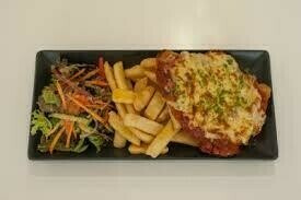 Air fried Chicken parmigiana,  served with vegetables single serve