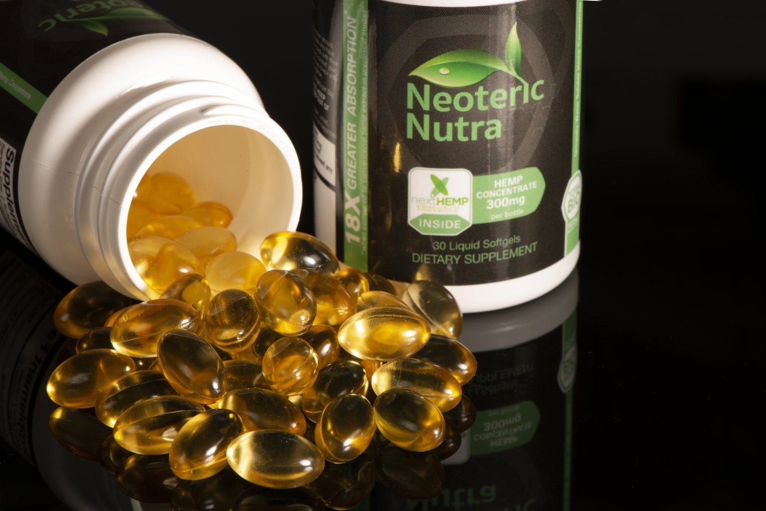 Neoteric Nutra Where Science Meets Nature™                           Nexthemp™ Black Label Concentrate, Nano Soft Gels 30 ct