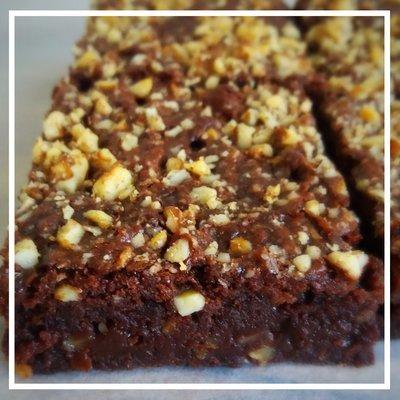 Chocolate hazelnut brownies box of 6 £15