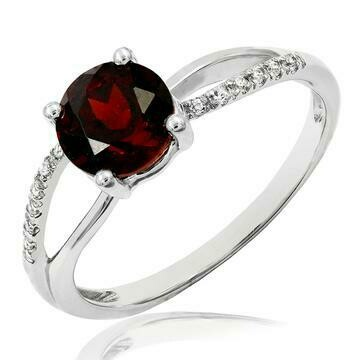 Garnet Ring with Diamond Accent and Split Shoulders Gold
