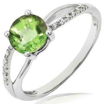 Peridot Ring with Diamond Accent and Split Shoulders Gold
