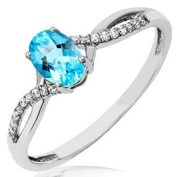 Oval Blue Topaz Ring with Diamond Accent and Split Shoulders 14KT Gold