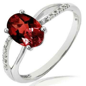 Oval Garnet Ring with Diamond Accent and Split Shoulders 14KT Gold