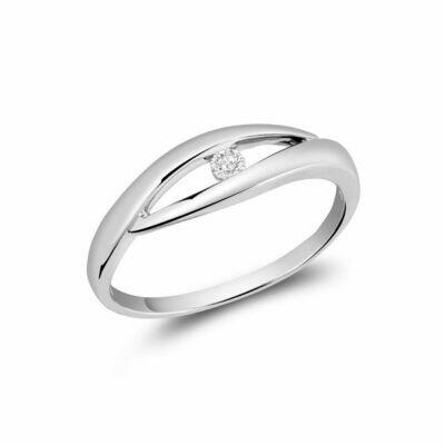 Solitaire Diamond Fashion Ring White Gold
