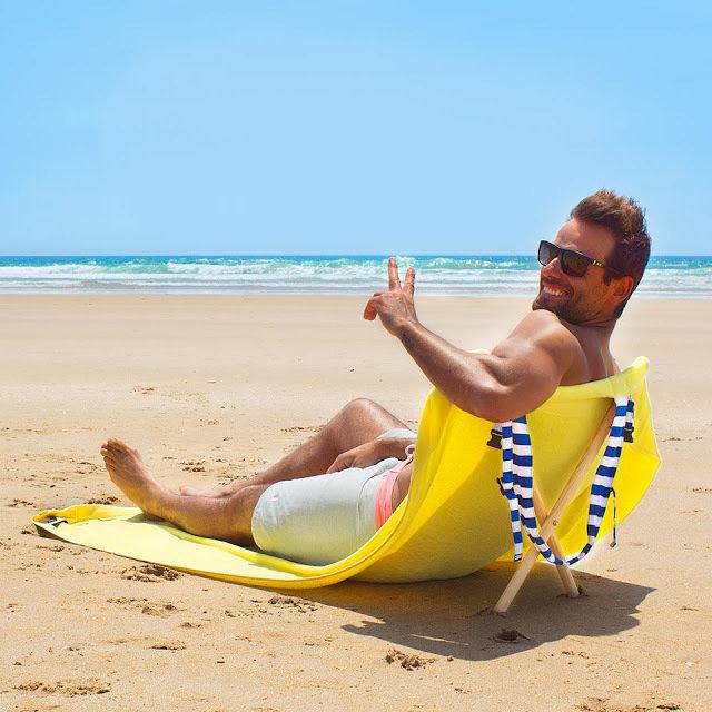 Linge de plage &  Chaise longue (2 en 1)