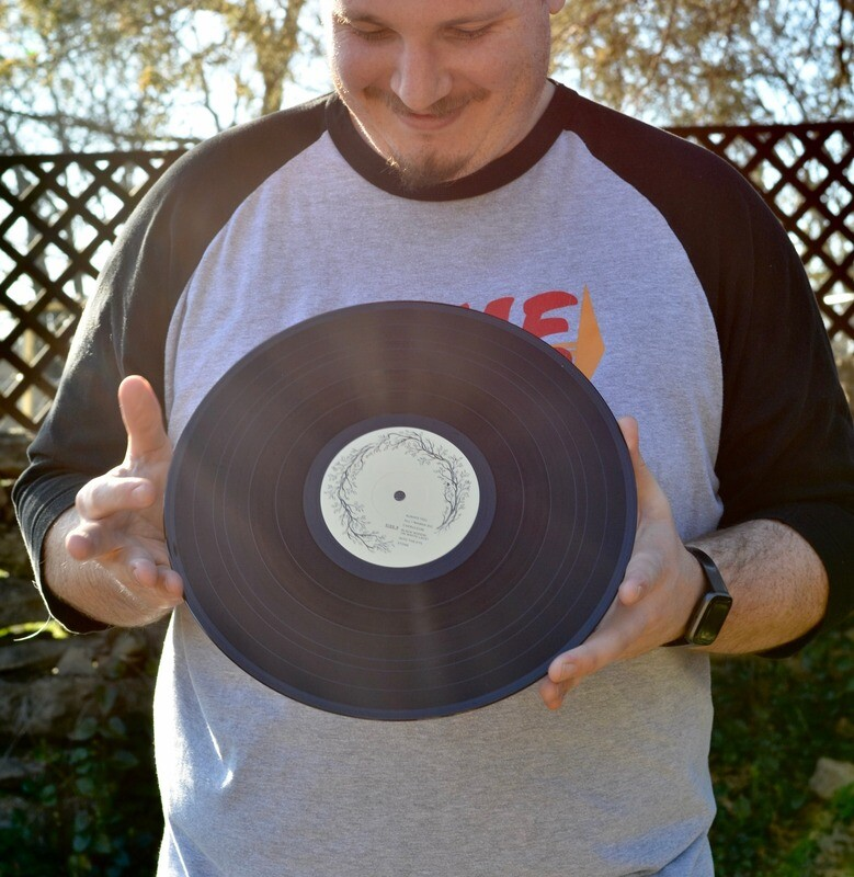 Luxumbra Vinyl