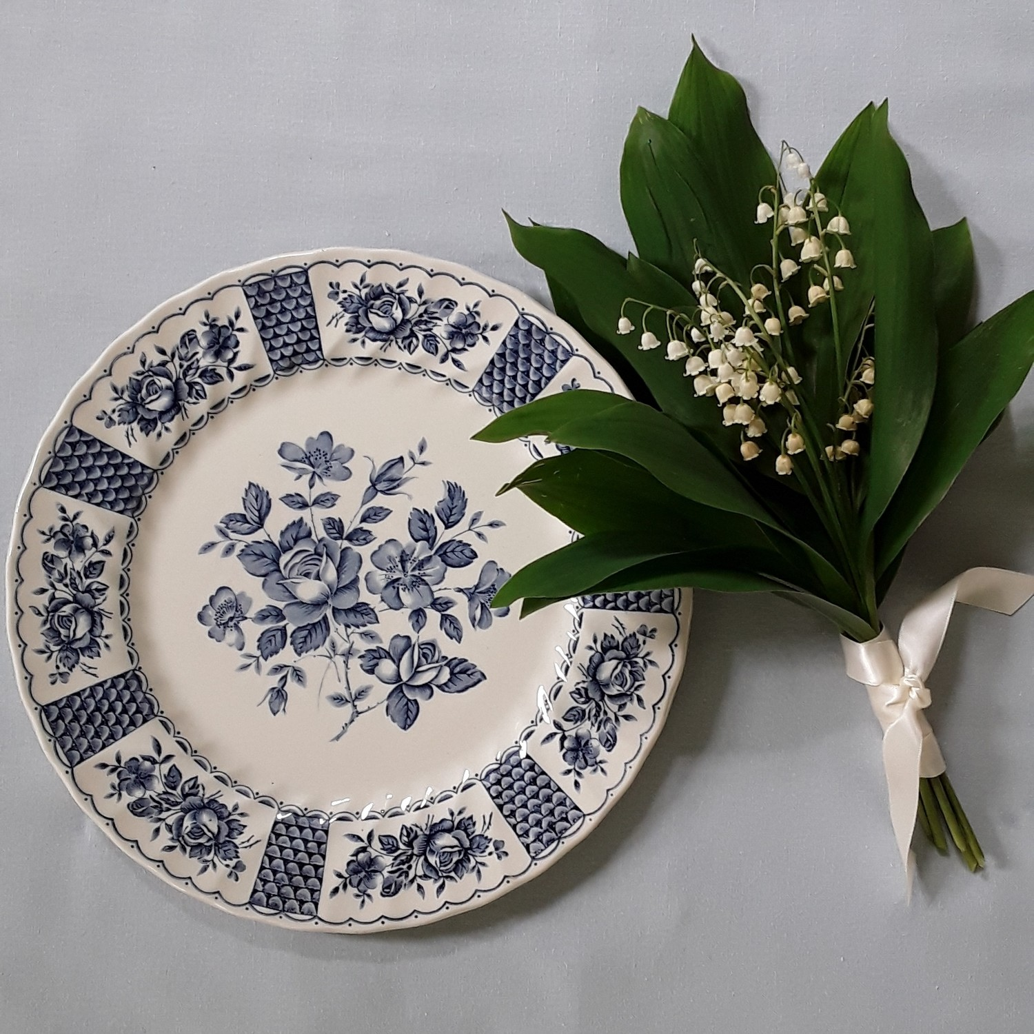 "Vintage Myott Blue and White English Ironstone Plate ""Melody"""