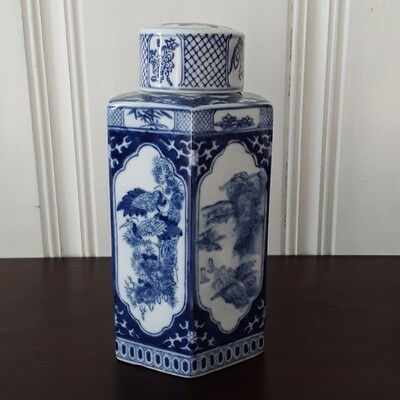 Vintage Blue and White Chinese Porcelain Hexagonal Tea Caddy