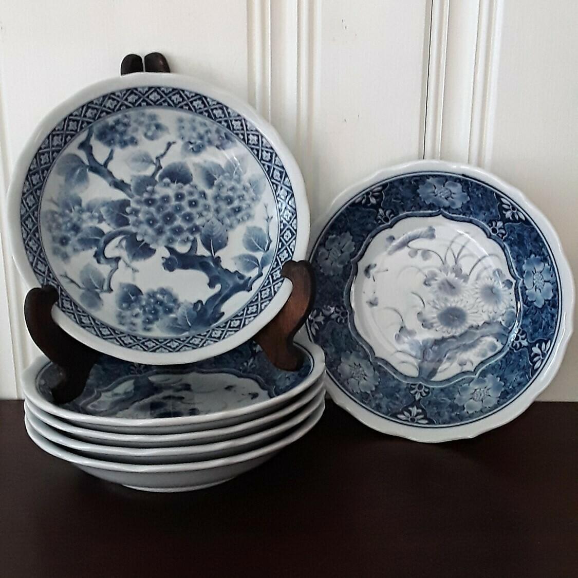 Set of 6 Vintage Blue and White Japanese Porcelain Floral Bowls