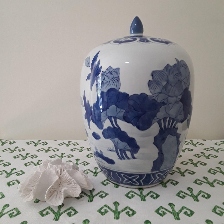 Large Vintage Blue and White Chinese Porcelain Lotus Jar