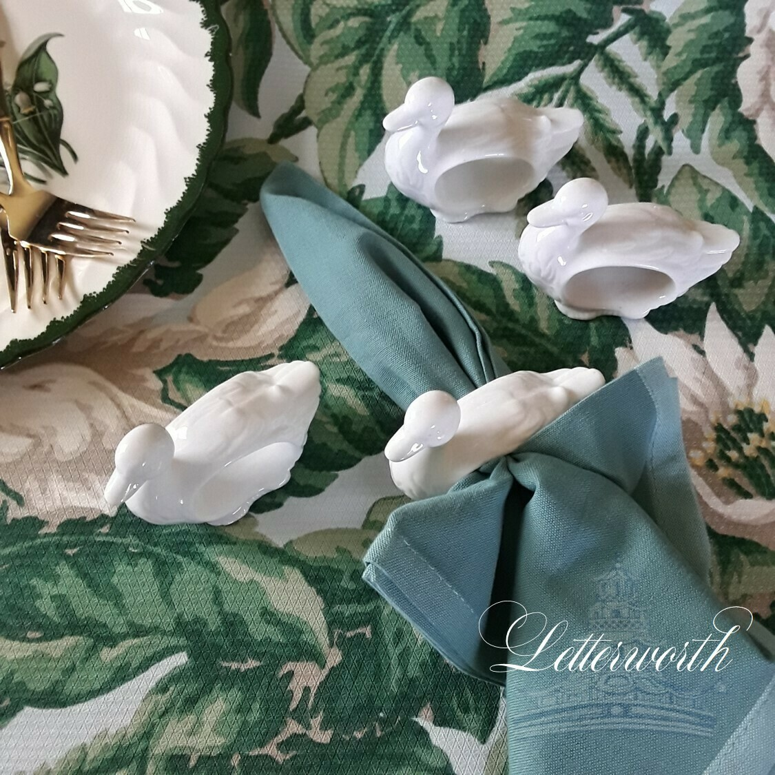 Set of 4 Vintage White Porcelain Swan Napkin Rings
