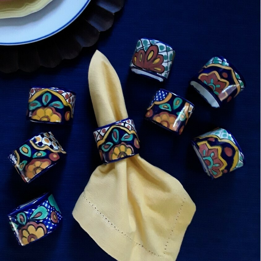 Set of 8 Mexican Talavera Pottery Ceramic Napkin Rings