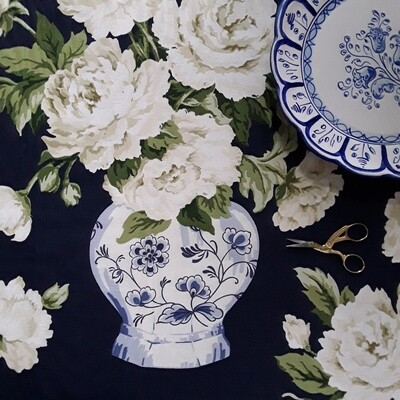 P. Kaufmann Blue and White Chinoiserie or Delft Ginger Jar and Peony Fabric Remnant
