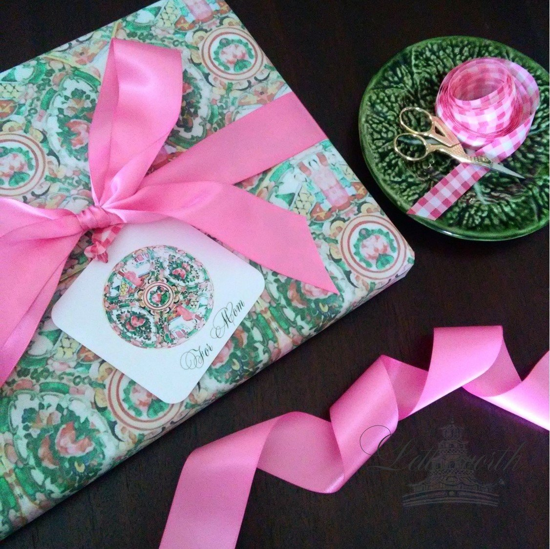 Rose Medallion Chinoiserie Gift Wrapping Paper by Letterworth