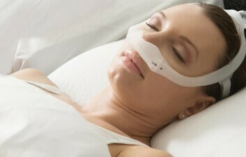 Dreamstation auto CPAP / DreamWear Under the Nose Nasal Mask w/headgear, Sm, Med and Lg. cushions