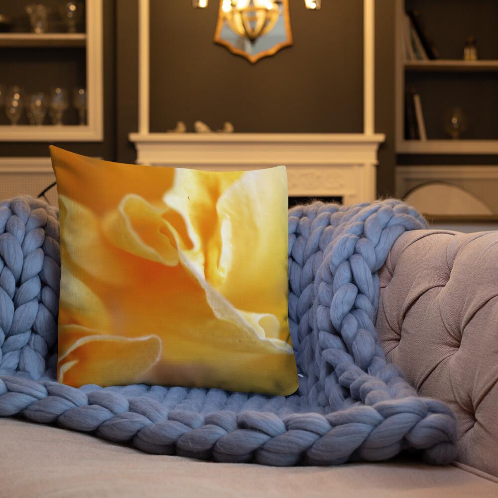 Oli Printed Throw Premium Pillow