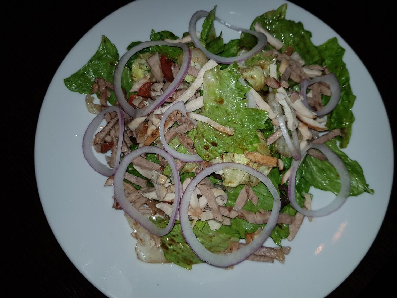Горячий салат с копченостями