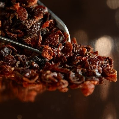 Dried Rose Hips (1 Oz.)