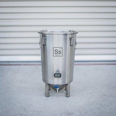 Brew Bucket Brewmaster Edition Stainless Steel Fermenter - 7 gal.