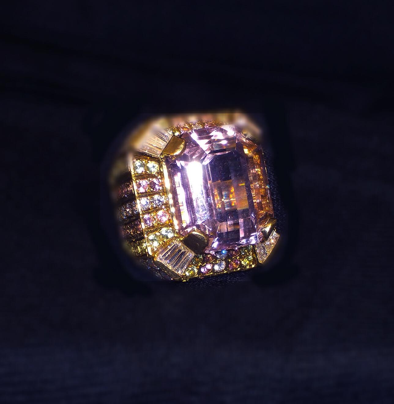 Kunzite & Diamonds 18k Yellow Gold Ring