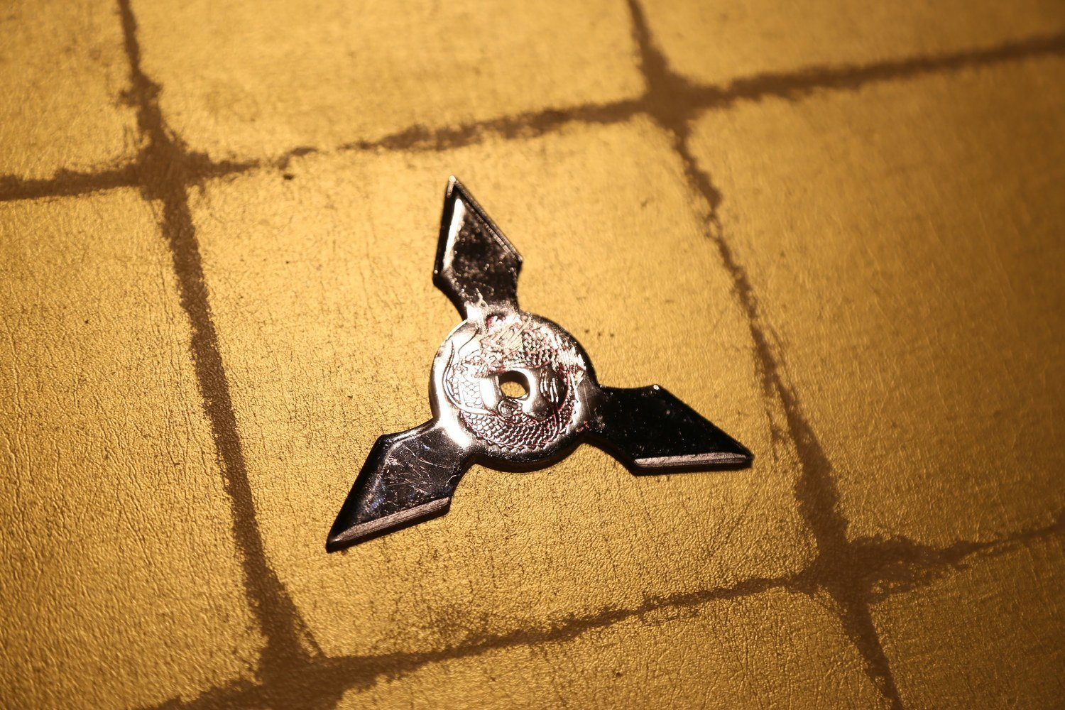 Chrome plating Shuriken (Ninja star):Three points (Imitation)クロームメッキ手裏剣 三方