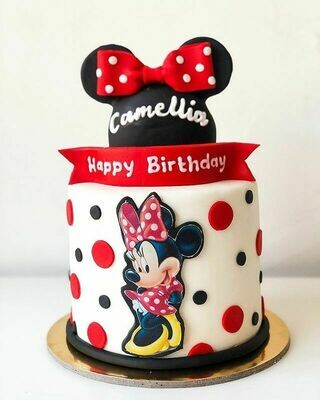 Minnie Mouse with a Bow Big Cake