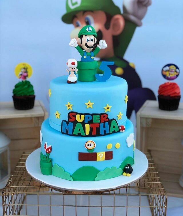 Super Mario Theme Cake - 3D