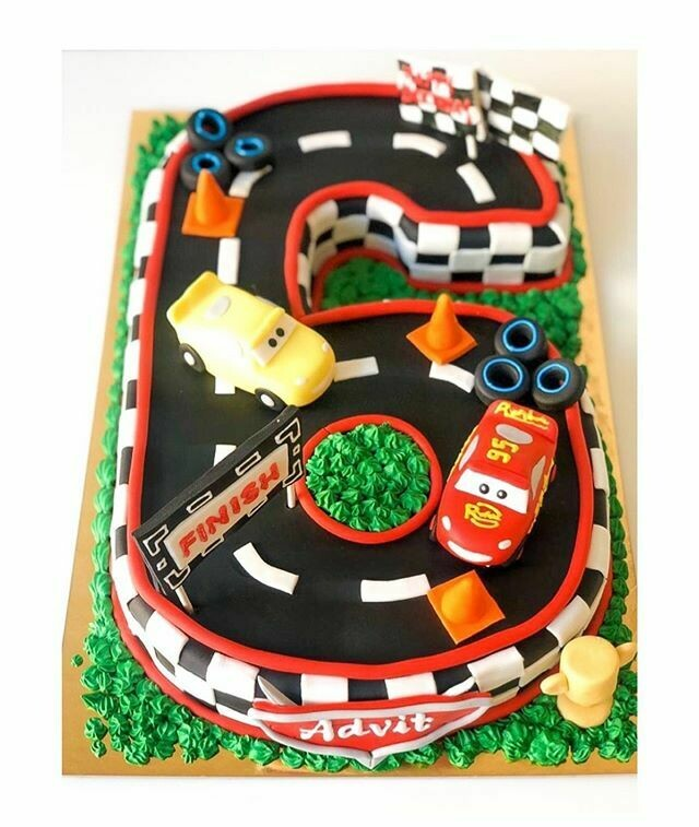 Number Cake / Mcqueen Cake