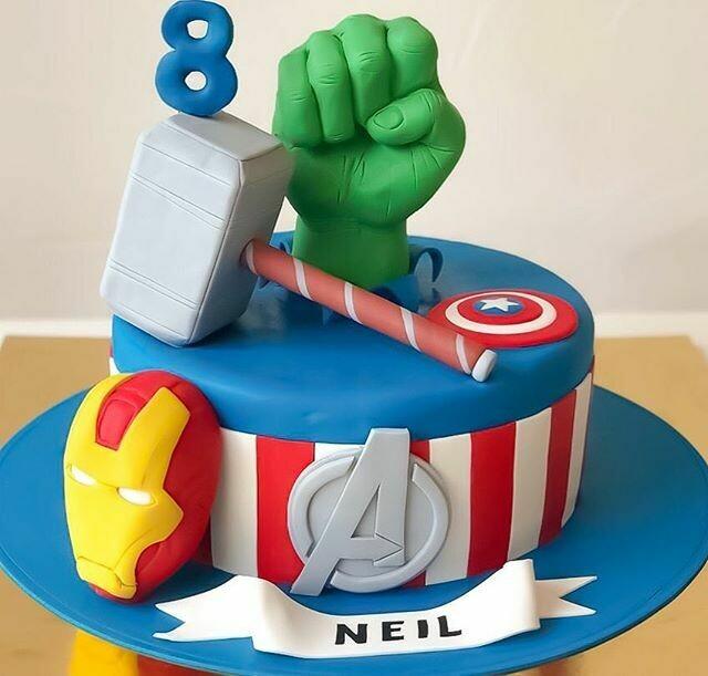 Avengers Cake - 3D