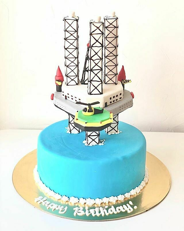 Unique Oil Rig Cake - 3D