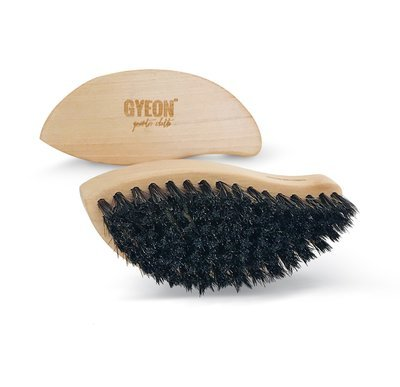 Щетка для кожи из натурального конского волоса GYEON LEATHERBRUSH